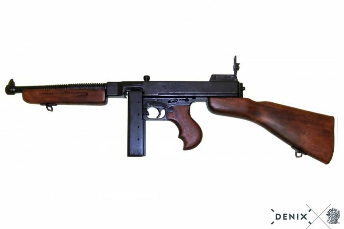 M1 A1 1928 Thompson WW 2 with Stick Mag