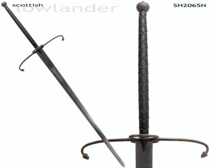 """Lowlander"" Two-Handed Great Sword (Antiqued)"
